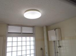 八重津浜緑地帯照明改修