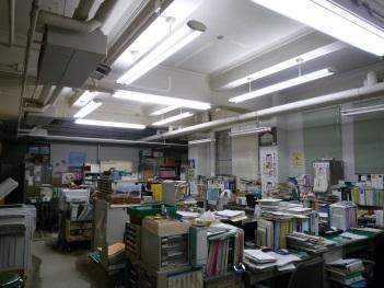 富山県庁本館1階照明設備改修