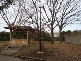 新川緑地照明修繕