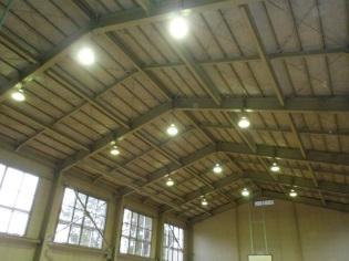 富山学園体育館照明設備修繕